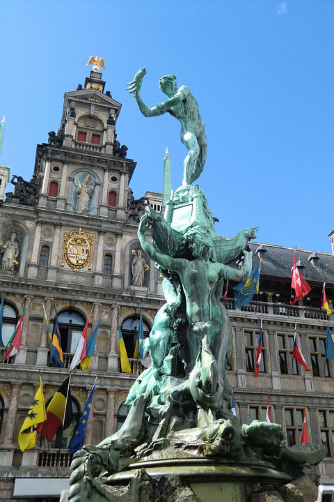 Ратуша в Антверпене